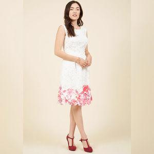 NWOT Modcloth Flirty for Eternity lace dress